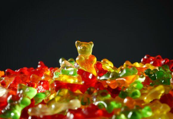100 let závislosti na gumových medvídcích